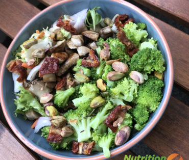 Broccoli, Mushrooms & Pistachio Salad